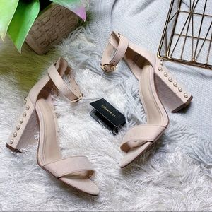 NWT Forever 21 Pearl Heels